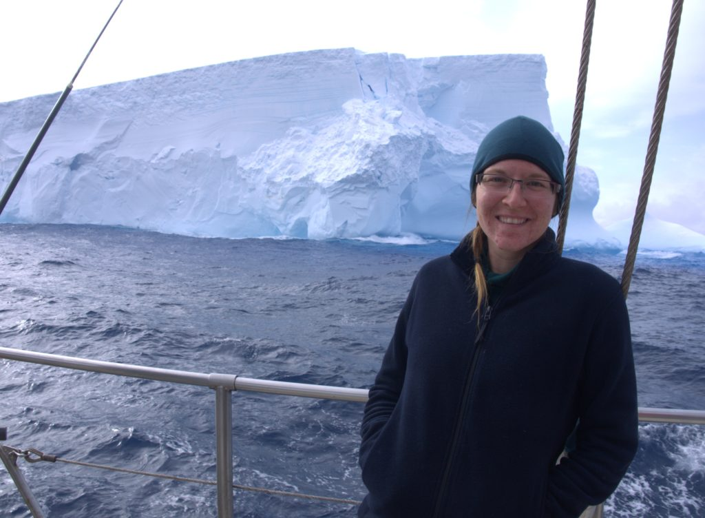 Infinity Expedition - Still happy to see icebergs!